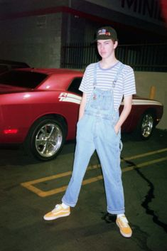 overallsftw / guys in overalls. Bib Overalls, Dungarees, Teen Guy Style, Teen Fashion, Fashion Outfits, Streetwear Fashion, Mom Jeans, Street Wear, Normcore