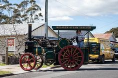 For more information about our visiting steam-powered tractor see http://www.redwater.org.au/