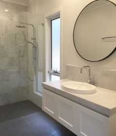 Choosing a new toilet can be difficult but with a bit of knowledge, you can get a great new toilet at a great price. Bathroom Renos, Laundry In Bathroom, Bathroom Renovations, Bathroom Furniture, Bathroom Interior, Bathroom Ideas, Master Bathroom, Frameless Shower Enclosures, Hamptons Decor