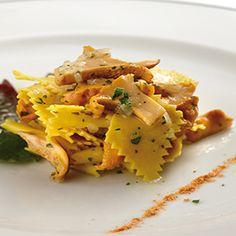 Il Bersaglio Marketing:   Maltagliati al sugo di finferli e Grana  Per il ... Ethnic Recipes, Marketing, Food, Kitchen, Cooking, Essen, Kitchens, Meals, Cuisine