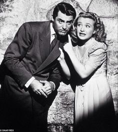 Cary Grant & Priscilla Lane in Arsenic And Old Lace 1944