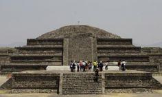 Quetzalcóatl (Serpiente Emplumada) Templo México