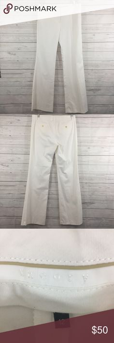 "Women's Theory Pants White Size 12 Women's Theory Pants White Size 12  Size 12  White  Waist 33"" Hips 37"" Rise 8.5"" Inseam 8.5""  Leg openings 10.5""x2 (21"" around)  98% cotton 2% lycra  Made in USA  SABYSAUX800 Theory Pants Wide Leg"