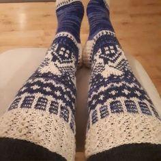 Mökkisukate | Kodin Kuvalehti Wool Socks, Knitting Socks, Thigh High Socks, Thigh Highs, Drops Design, Leg Warmers, Knitwear, Knitting Patterns, Thighs