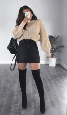 15 wunderschöne Outfits – Passt zu Ihrem eigenen Stil statt zu stundenlanger Vo… 15 beautiful outfits – fits your own style instead of hours of preparation Find … – 15 beautiful outfits – fits your own style instead of hours of preparation. Find – # own # Trendy Fall Outfits, Casual Winter Outfits, Winter Fashion Outfits, Retro Outfits, Classy Outfits, Look Fashion, Stylish Outfits, Beautiful Outfits, Sexy Fashion Style
