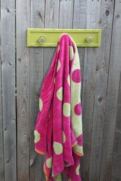 towel hooks outside