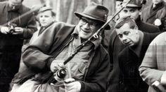Kuka muistaa Kekkosen? Osoitteessa UKK-tie 8 kerätään suomalaisten muistoja Urkista - Kotimaa - Ilta-Sanomat Information Center, Che Guevara, Tie, Pray, Blessed, Historia, Cravat Tie, Ties