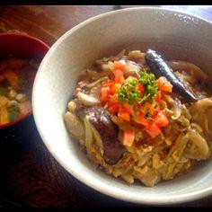 茄子がまた少し採れたので中華丼でいただきました! - 3件のもぐもぐ - 中華丼とナメコのお味噌汁 by toki69