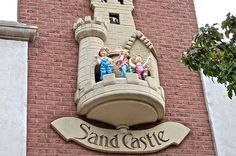 Sand Castle Clock and other cool things to do in Holland, Michigan! One of our teen travel bloggers on where to eat, what to see, and more. http://www.wanderingeducators.com/best/traveling/downtown-holland-michigan-what%E2%80%99s-happening-when-tulips-aren%E2%80%99t-blooming.html