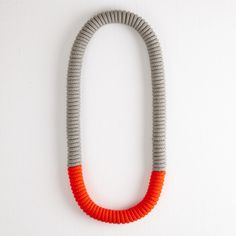 ELEANOR BOLTON COIL FLASH NECKLACE, GREY & RED