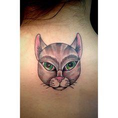 Traditional portrait cat tattoo! #traditional #traditionaltattoo #art #cattattoo #cats #catlover #crazycatlady #jerseycitytattoo #colortattoo #coloful #cute #happiness #portrait #traditionalportrait #neotradiitonal #backtattoo