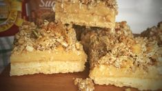 This Gluten Free Gooey Caramel Anzac Slice is absolutely amazing. Even if you don't have an gluten intolerance it is delicious. Use less sugar next time tho, it's very sweet! Gluten Free Muesli, Gluten Free Cereal, Gf Recipes, Gluten Free Recipes, Sweet Recipes, How To Melt Caramel, Biscuit Cake, Gluten Intolerance, Gluten Free Cooking
