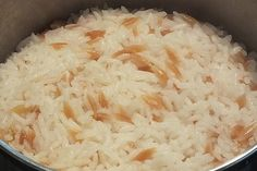 Türkischer Reis Turkish rice (recipe with picture) from Missy-diamond Gourmet Pizza Recipes, Mushroom Pizza Recipes, Grilled Pizza Recipes, Vegetarian Pizza Recipe, Deep Dish Pizza Recipe, White Pizza Recipes, Rice Recipes For Dinner, Turkish Rice, Sausage Pizza Recipe