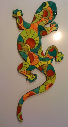 Lagarto Mosaic Garden Art, Mosaic Diy, Mosaic Crafts, Mosaic Projects, Mosaic Wall, Mosaic Glass, Glass Art, Mosaic Animals, Mosaic Birds