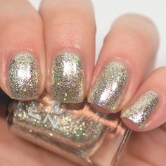 Nine Zero Lacquer - Party Dress, is a super reflective silver with holographic rainbow glitters. Silver Nail Polish, Cute Nail Polish, Natural Nail Polish, Black And White Nail Art, White Tip Nails, French Tip Nails, Sns Nails Colors, Nail Polish Colors, Gel Nails