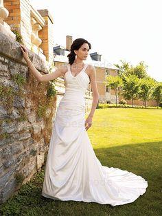 Robes de Mariée fantastique A-ligne Col en cœur doux à traîne palais en satin et gaze avec décoration perlée€171.99