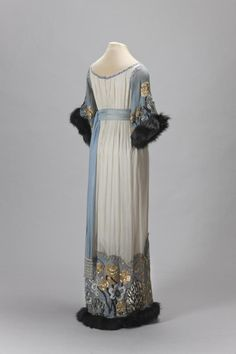 Poiret evening dress, 1910′sFrom the State Hermitage Museum #eveningdresses