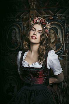 Lena Hoschek #dirndl