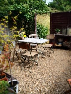 Would love to have a spot like this to sit and sip coffee every morning! #courtyard