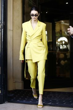 Kendall Jenner's Style Evolution See all of the it-model's best fashion, street style, red carpet, and off-duty looks. Kendall Jenner Outfits, Kendall Jenner Mode, Kylie Jenner, Street Style Trends, Fashion Models, Fashion Outfits, Womens Fashion, Fashion Trends, Celebrities Fashion
