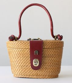 vintage 1960's etienne aigner Nantucket basket purse.