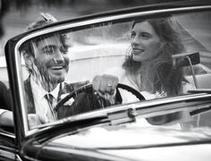 In a first for the iconic jewellery brand, Tiffany and Co have featured a same-sex couple in its new campaign focusing on modern love. View the stunning pics here. Tiffany Wedding Rings, Tiffany Engagement, Wedding Ring For Him, J'ai Dit Oui, Jewelry Ads, Jewelery, Peter Lindbergh, Las Vegas Weddings, Tiffany And Co