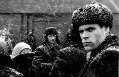 (c) Marc Riboud / Magnum: USSR, Moscow. Winter One of my favourite Riboud pictures Marc Riboud, Willy Ronis, Henri Cartier Bresson, Andre Kertesz, Robert Doisneau, Black White Photos, Black And White Photography, Karl Blossfeldt, Become A Photographer
