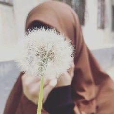 Hijab Dpz, Hijab Cartoon, Hijab Fashionista, Islamic Girl, Hijabi Girl, Niqab, Hijab Outfit, Alhamdulillah, Muslim Women