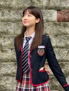 Seo Jin, New Korean Drama, Hyun Soo, O Drama, Korean Girl Fashion, Kdrama Actors, Kpop Fashion Outfits, Pent House, Ulzzang Girl