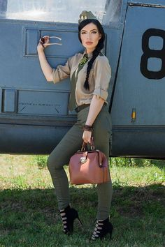#Laura_Fashion_Blog a ales cameleonica geanta #Linda_Brown #newstyle #army