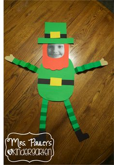 St Patricks Day Crafts for Kids Watercolor Ideas You are in the right place about my ideas diy Here we offer you the most beautiful … Kindergarten Crafts, Daycare Crafts, Classroom Crafts, Toddler Crafts, Preschool Activities, Preschool Boards, Saint Patricks Day Art, St Patricks Day Crafts For Kids, St. Patricks Day