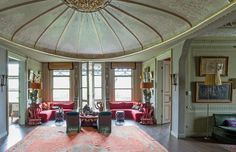Istanbul Home - Home Decor... The ceiling is in the shape of Ottoman yurt