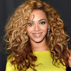 Attention all curly-hair types: This is your cut. And don't be afraid to go big, like Beyoncé does.