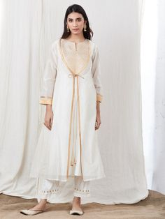 Off White Zari Cotton Satin Kurta with Embroidered Pants and Chanderi Jacket- Set of 3 Silk Jacket, Kurta Designs, Indian Ethnic Wear, Sleeve Designs, Off White, White Dress, Satin, Loom, Fashion Outfits