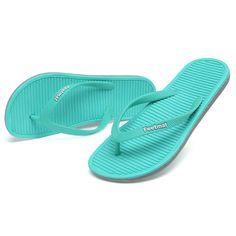 f336345c14aee Feetmat Mens Flip-flops Sandals Lightweight Thong Sandals Beach Flat  Slippers   Click image to
