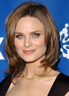 "Square Shaped Face LONG, LAYERED BOB Emily Deschanel Hairstyle:layered bob and super-long lashes. Layers are a great way to disguise an angular face, and we love how Emily has had her hair cut. The ""cherry on top"" of her look is the copper highlights that warm up her hair colour and brighten up her complexion."