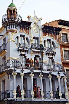 Casa el Torico in Teruel - Aragon, Spain Beautiful Sites, Beautiful World, Beautiful Places, Spanish Architecture, Architecture Photo, Gaudi, Places Around The World, Around The Worlds, Madrid