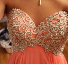 Love the details  #fashion #dresses