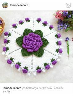 Crochet Doilies, Crochet Stitches, Doily Patterns, Crochet Necklace, Crochet Leaves, Crochet Projects, Towels, Farmhouse Rugs, Crochet Bedspread