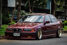 BMW E36 3 series burgundy slammed