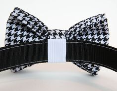 Dog Bowtie Collar - Black and White Houndstooth Beaded Dog Collar, Bow Tie Collar, Collar Chain, Tiny Dog Breeds, Dog Grooming Shop, Hipster Dog, Durable Dog Toys, Dog Bows, Bow Ties For Dogs