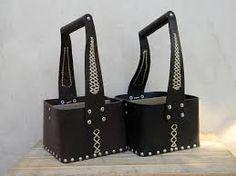 Resultado de imagen para set de asado artesanal cuero Leather Pouch, Knife Block, Holsters, Bags, Pouches, Ideas, Silver, Leather, Bombshells