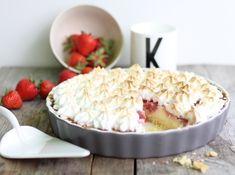 Erdbeer Baiser Tarte mit Eierguß Erdbberkuchen, Eischnee