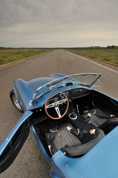 1965 Shelby Cobra 289 Interior