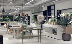 Cibone - Aoyama , Gaienmae - one of the most talked-about new stores of 2014. It offers a carefully curated selection of furniture, day-to-day essentials, fashion, art and beauty products from all over the world