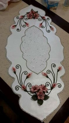 This Pin was discovered by Can iğne oyası Ribon Embroidery, Embroidery Patterns, Machine Embroidery, Cute Crafts, Crafts To Sell, Diy Crafts, Ribbon Work, Wool Applique, Bargello