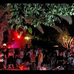 Ai Mercati Generali di Catania: una masseria trasformata in locale notturno per ballare fino all'alba