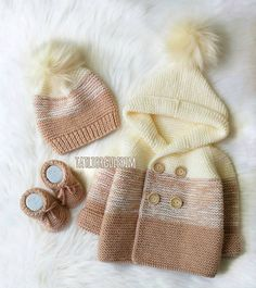 Baby Booties Knitting Pattern, Knit Baby Booties, Baby Knitting Patterns, Area 57, Preppy Trends, Leather Bag Pattern, Baby Scarf, Warm Outfits, Baby Dress
