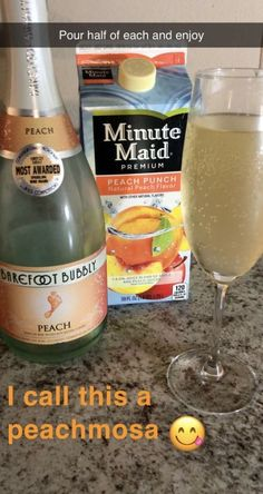 5 Cheap And Creative Cocktails For The College Girl On A Budget - Society19 Liquor Drinks, Cocktail Drinks, Alcoholic Beverages, Wine Mixed Drinks, Alcholic Drinks, Bourbon Drinks, Fancy Drinks, Summer Drinks, Cheap Cocktails