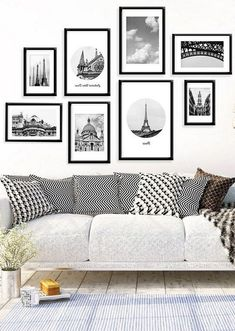 Black and white bedroom wall decor tips for creating a gorgeous black and white gallery wall . White Wall Decor, Room Wall Decor, Bedroom Wall, Paris Wall Decor, Bedroom Frames, Bedroom Photos, Bedroom Black, Room Art, Modern Room Decor
